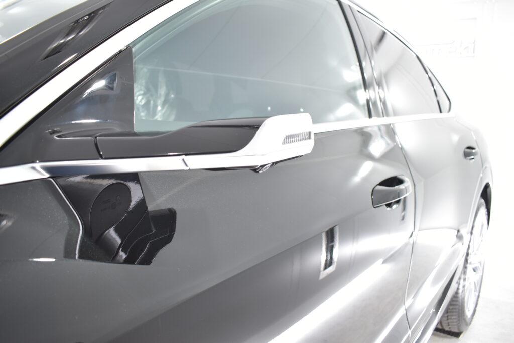 アウディE-tron車カーコーティング大阪兵庫神戸ガラスコーティング大阪兵庫神戸