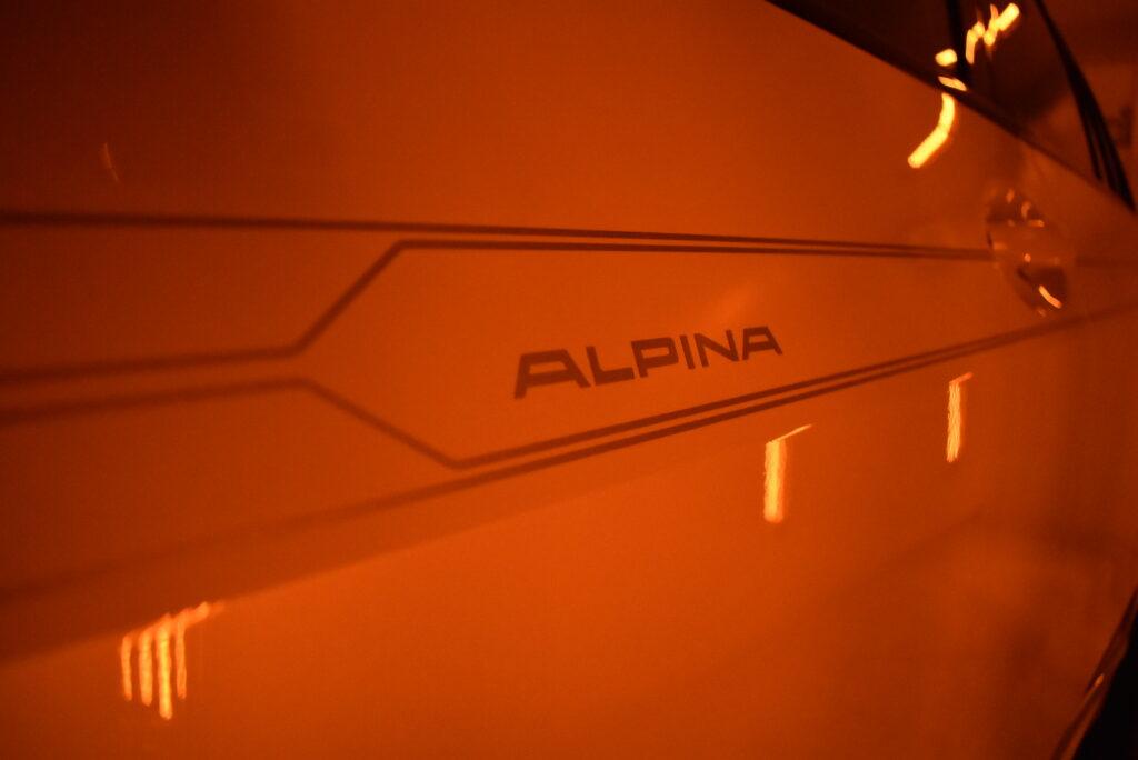 アルピナXB7カーコーティング大阪兵庫神戸ガラスコーティング大阪兵庫神戸車コーティング大阪神戸兵庫車コーティング